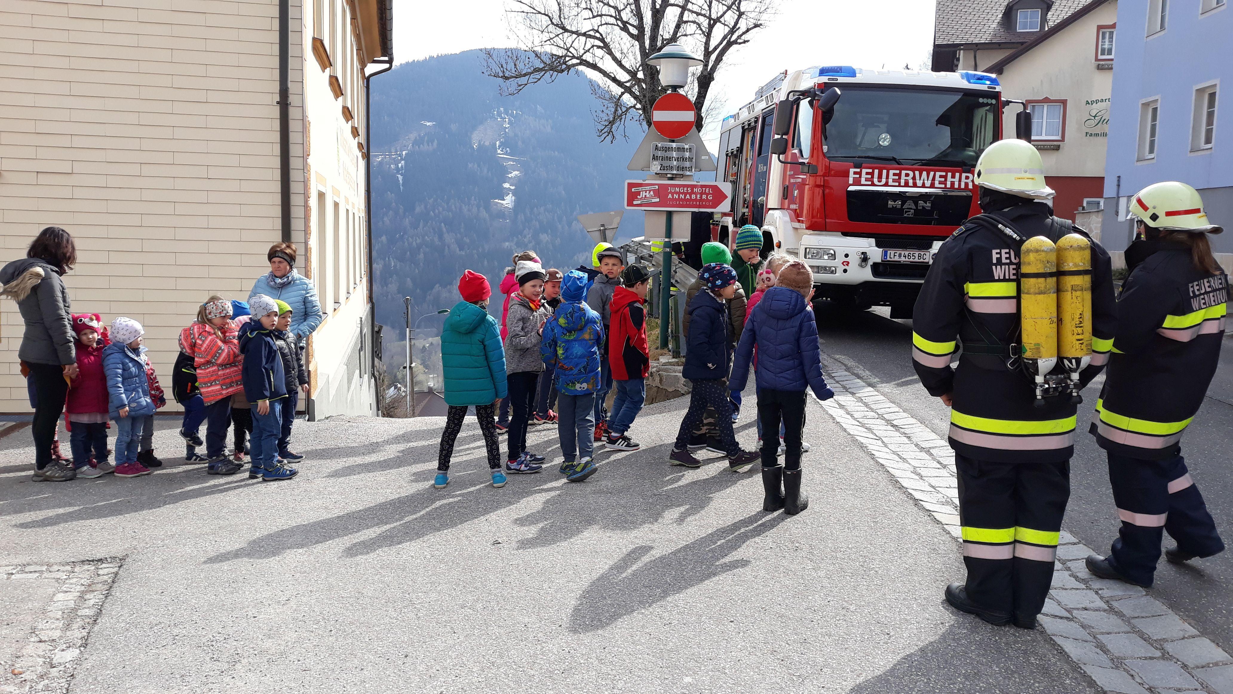 Feuerwehr201904008